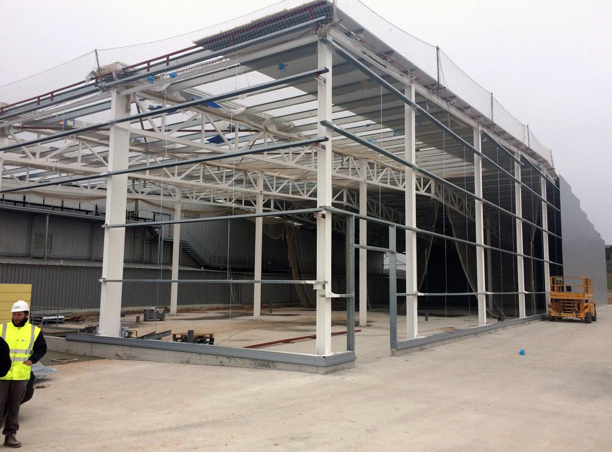 Ampliación Industria Cárnica. Olarco S.L. Construcciones y Mantenimientos